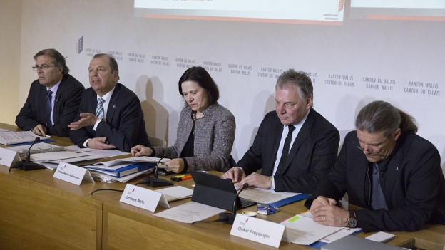 Sparmassnahmen: Der Walliser Staatsrat trat in corpore auf.