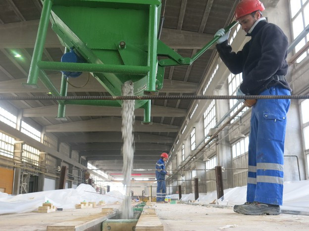 Freiburger Betonfabrik profitiert von kantonaler Wirtschaftsförderung.