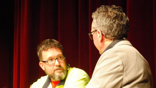 Michael Reber (links) im Gespräch mit Peter Brandenberger.