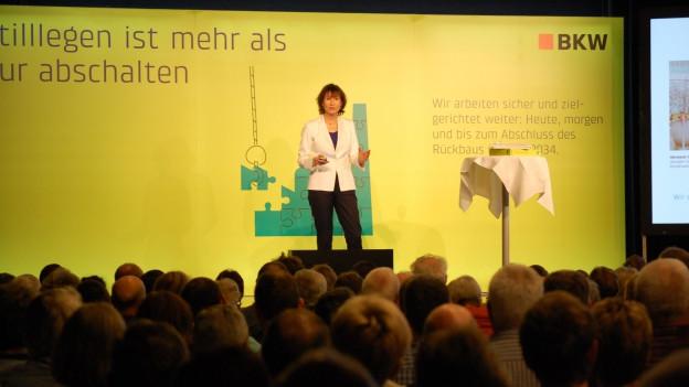 BKW-Chefin Suzanne Thoma in Mühleberg.