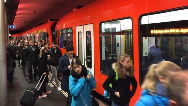 Mehr als 60 Prozent der Fahrgäste auf der Bern-Solothurn-Linie sind Pendler.