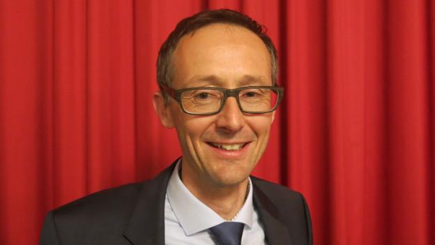 Der Vizekanzler Olivier Curty ist vom Aussenseiter zum Kandidat avanciert.