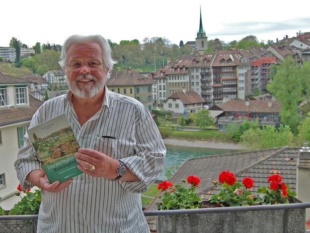 Zu sehen ist Peter Hafen, Präsident des Matteänglisch-Clubs.