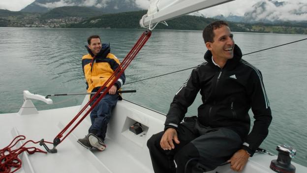 Beyeler und Brügger auf dem Segelboot
