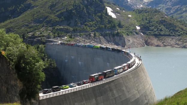 Das Ziel der Tour de France auf der Staumauer von Emosson.