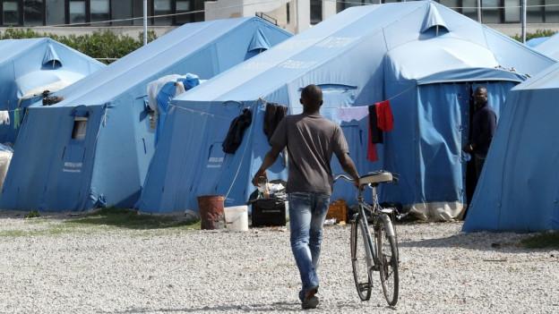 Die Menschen sollen direkt vom Lager nach Bern kommen.