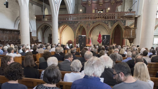 Eine Trauerfeier in der Französischen Kirche in Bern