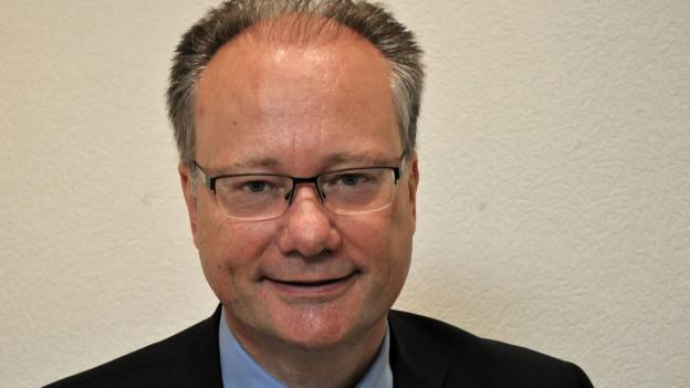 Der Freiburger Baudirektor Maurice Ropraz will in Infrastrukturen investieren.