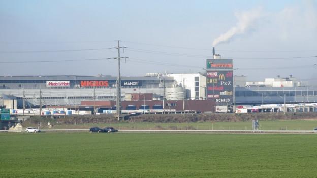 Moosseedorf, Blick auf das Shoppyland Schönbühl
