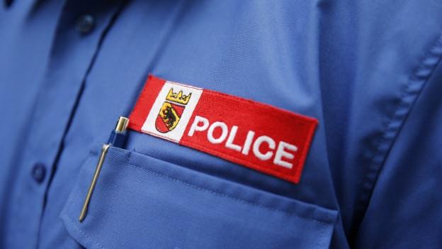 Hemd eines Polizisten der Berner Kantonspolizei