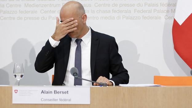 Berner Kantonsregierung ist gegen die Pläne von Bundesrat Alain Berset.