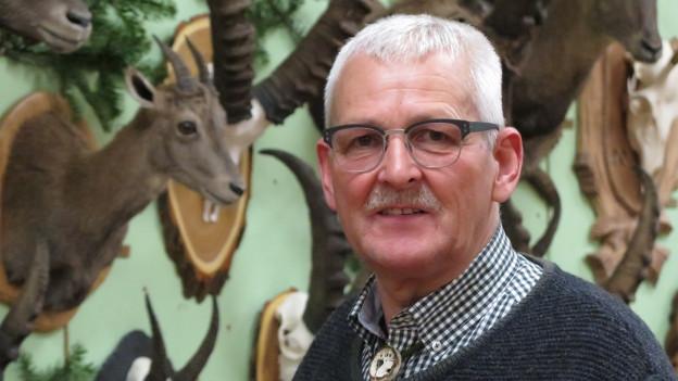 Fred Bohren, OK-Präsident des Pelz- und Fellmarktes, gibt sein Amt ab.