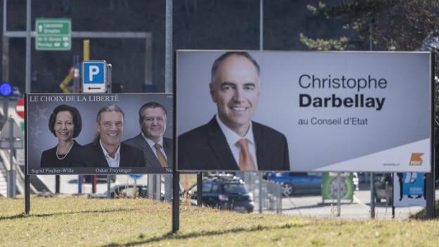 Wahlplakate prägen weiterhin das Walliser Strassenbild.