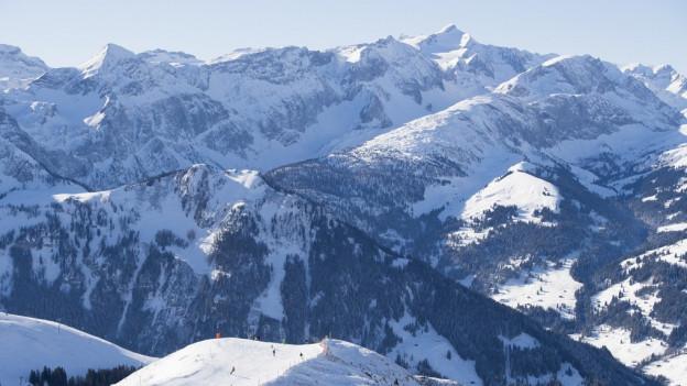 Dem Berner Oberland geht langfristig die Bevölkerung aus.