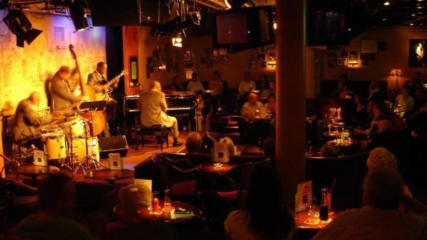 Viele Musiker kommen immer wieder nach Bern. Offenbar gefällt es ihnen im Marians Jazzroom.