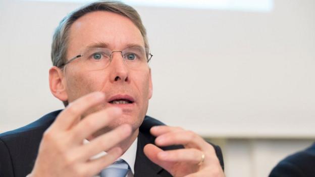 Bernard Guillelmon, anlässlich der Jahresmedienkonferenz in Bern.