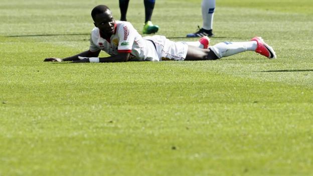 Der FC Sion am Boden: Auch Chadrac Akolo konnte die Niederlage nicht verhindern.