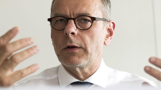 Die neue Anlaufstelle soll der Bevölkerung, Behörden oder Schulen helfen – sagt Gemeinderat Feurer im Gespräch.