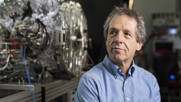 Professor Willy Benz ist seit 1997 Professor an der Universität Bern.
