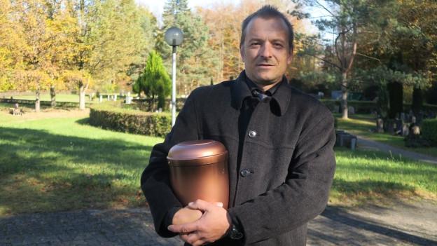 Beni Hochuli hegt ethische Bedenken gegen das Leichenschau-Projekt