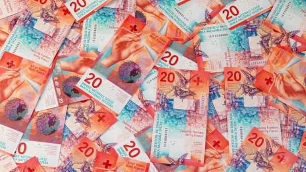Die Bernische Regierung will mit dem Entlastungspaket 2018 rund 185 Millionen Franken pro Jahr einsparen.