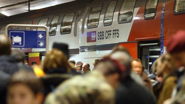 Die Gymnasien und Berufsschulen können ihren Teil dazu beitragen, dass der öffentliche Verkehr entlastet wird.