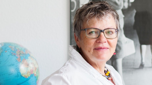 Seit 1992 hilft Béatrice Aebersold Menschen bei der Aidshilfe.