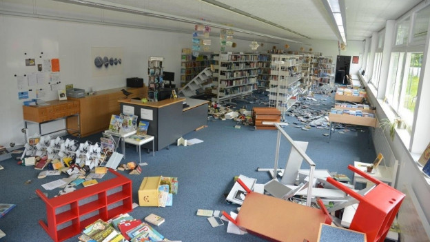 Zerstörung im Schulhaus von Wattenwil