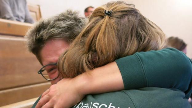Trotz der neuen Auflage: Die vorläufige Rettung der Gartenbauschule Hünibach löst auf der Tribüne grosse Freude aus