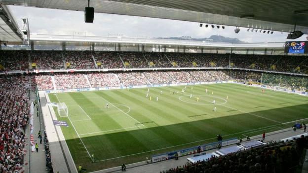 Blick ins Stade de Suisse
