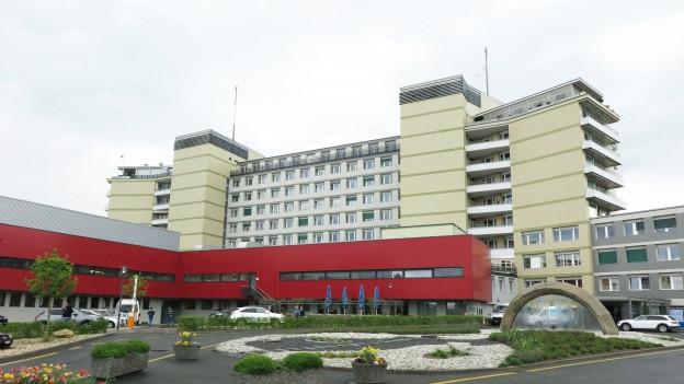 Das Kantonsspital in Freiburg hat zahlreiche Probleme.