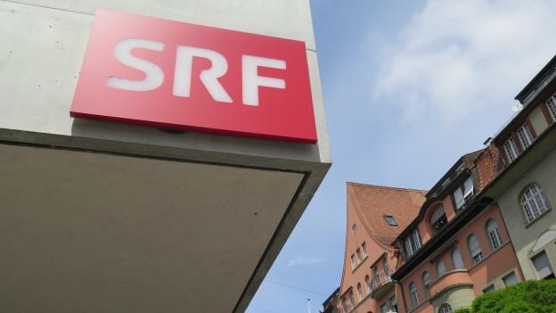 Die SRG zieht in Erwägung, das SRF-Radiostudio von der Schwarztorstrasse in Bern nach Zürich Leutschenbach zu verlegen.