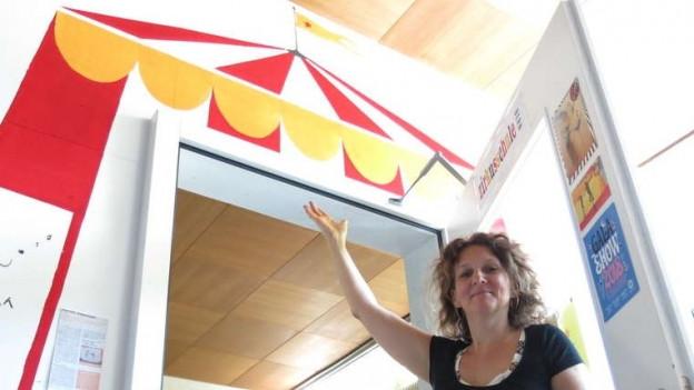 Zuerst gab Tania Steiner auch die Kurse selber, nun ist sie Zirkusdirektorin – mit neuem Zuhause.