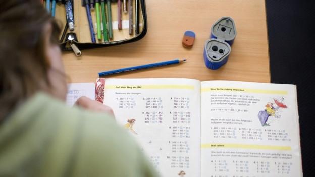 Die Kinder in Köniz bekommen künftig keine Hausaufgaben mehr.