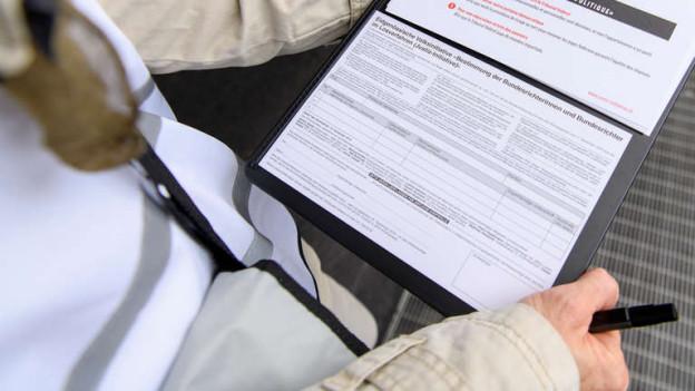Mehr als 50'000 Unterschriften wurden diesen Sommer auf Berner Strassen oder via Internet gesammelt.