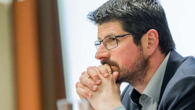 Der ehemalige Walliser CVP-Nationalrat Yannick Buttet wurde wegen Nötigung verurteilt.