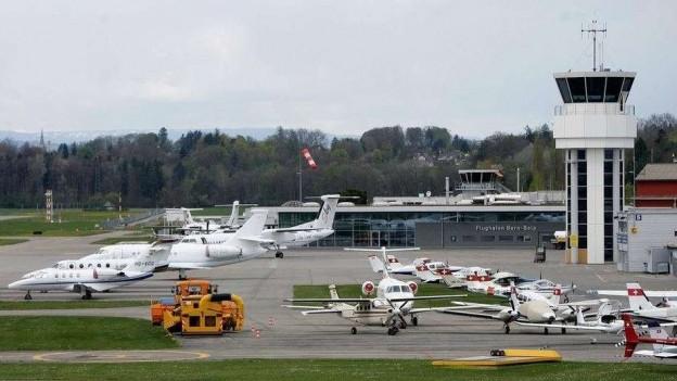 Der Flughafen Bern-Belp steht vor einer ungewissen Zukunft.