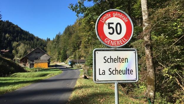 Schelten ist eine Exklave, grenzt an die Kantone Solothurn und Jura.