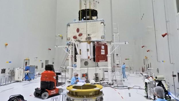 Die komplett zusammengesetzte Raumsonde BepiColombo.