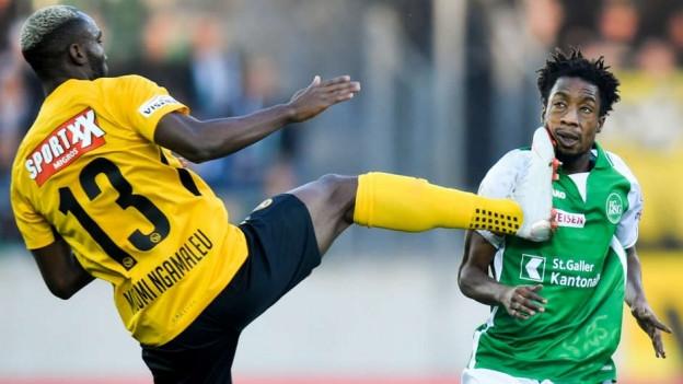 Hoch das Bein: Ngamaleu trifft Kurtesa.