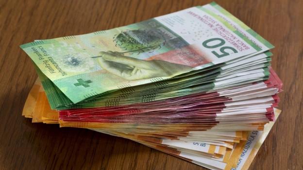 Ein Bündel von Banknoten.