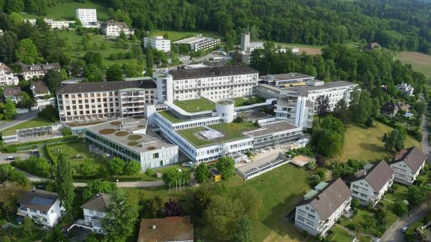 Das heutige Spital in Biel soll nicht mehr saniert werden.