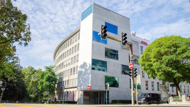 Die Informationssendungen von Radio SRF werden künftig in Zürich statt in Bern produziert.