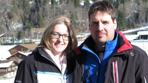 Heidi und Patric Schmid wohnen in Mitholz und haben nun die alte Munition im Stollen gesehen.