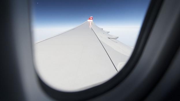Fliegen soll für Freiburger Schülerinnen und Schüler weiterhin möglich sein, findet der Staatsrat.