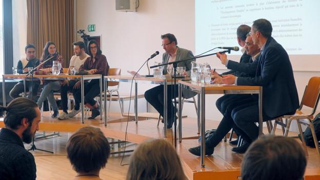 Der Klimastreik bewegt Jugendliche und Staatsräte in Freiburg.