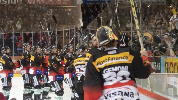 Die Berner Spieler feiern den dritten Finaleinzug in vier Jahren.