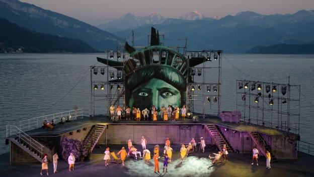 Ich war noch niemals in New York ist ein Musical, das auf den Liedern von Sänger Udo Jürgens basiert.