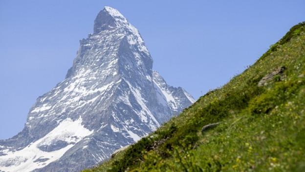 Das Matterhorn soll gesperrt werden. Diese Forderung von Alpinisten sorgt seit Sonntag für Aufsehen.