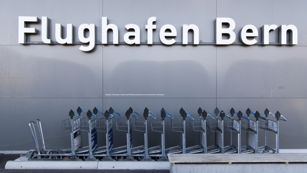 Das Logo des Flughafens Bern in Belp.